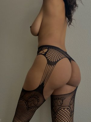 Anthonia escorts service Holly Hill, FL
