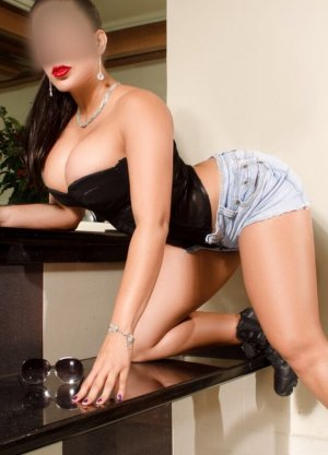 Ammaria naked escorts in Flint