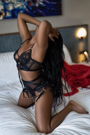 Thaisse massage escorts Rosenberg