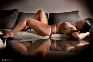 Laury-ann italian women classified ads Nicholasville KY